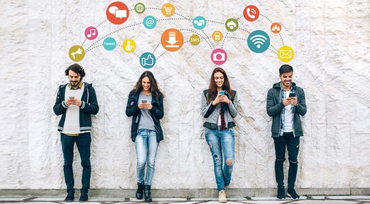 Sentiment Analysis on Live Social Media Data Using 'R'